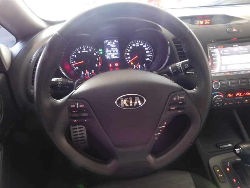 KIA NEW CERATO SEDAN SX AT6 1.6 16V(Flex)