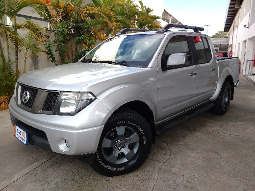 NISSAN FRONTIER 2.5 LE ATTACK 4X4 CD TURBO ELETRONIC DIESEL 4P AUTOMATICO