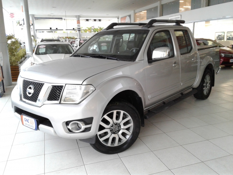 NISSAN FRONTIER 2.5 SL 4X4 CD TURBO ELETRONIC DIESEL 4P AUTOMATICO