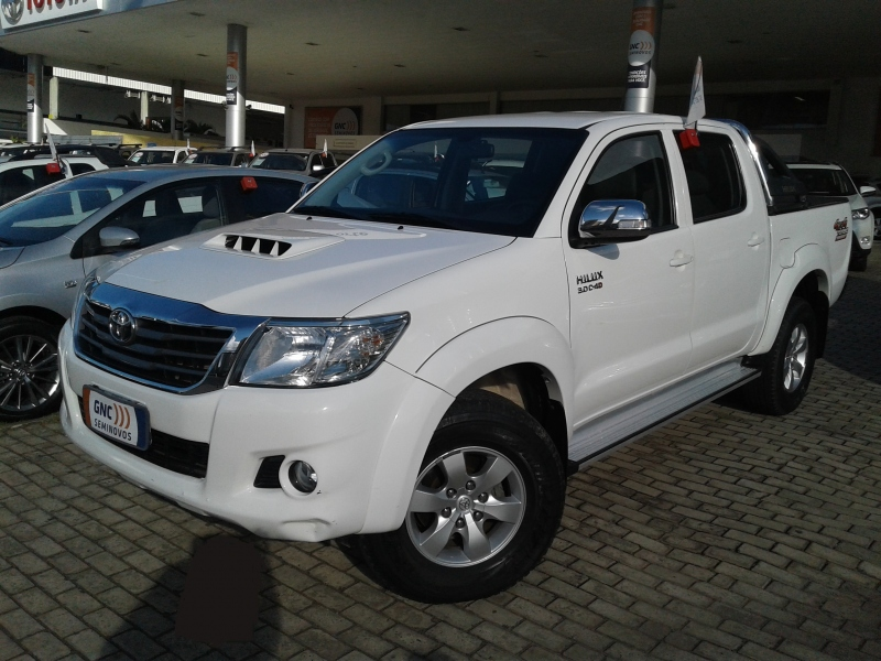 TOYOTA HILUX 3.0 SRV 4X4 CD 16V TURBO INTERCOOLER DIESEL 4P AUTOMATICO