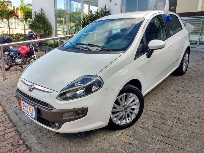FIAT PUNTO 1.6 ESSENCE 16V FLEX 4P AUTOMATICO